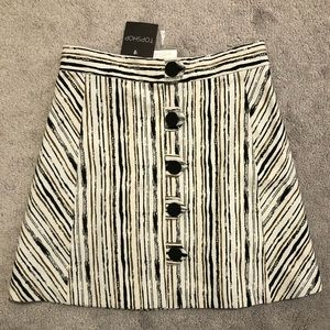 Topshop patterned skirt size 4 NWT brand new
